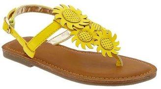 Gap T-strap daisy sandals