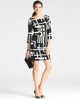 Ann Taylor Petite Bold Geometric Print Shift Dress