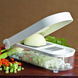 Williams-Sonoma Vegetable Chop & Measure