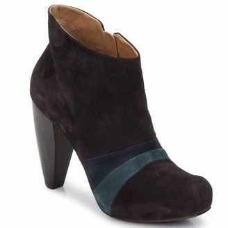 Coclico LESSING women's Low Boots in Brown