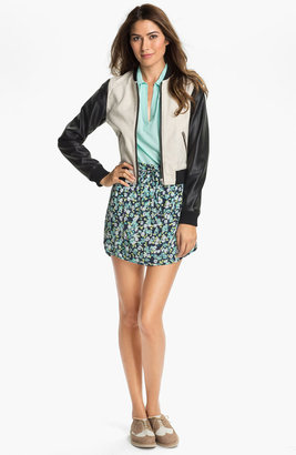 Vince Camuto Two by Print Miniskirt