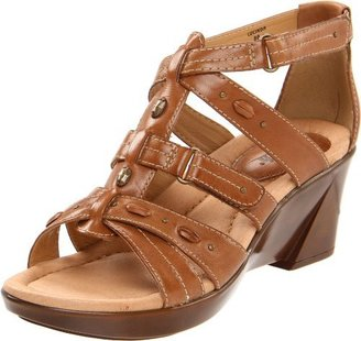 Earth Women's Lucinda T-Strap Sandal