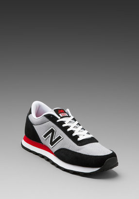 New Balance Heritage ML501 in Black/Grey