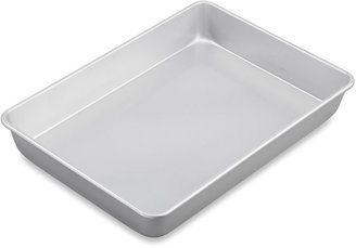 Wilton Advance® Oblong Cake Pan with Aluma-GlossTM Coating