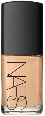 NARS Sheer Glow Foundation In Vallauris