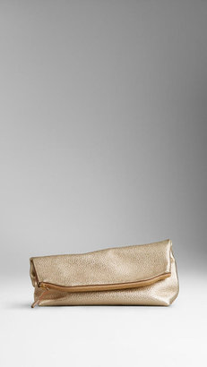 Burberry The Beauty Petal in Metallic Leather