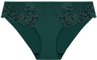 Simone Perele Saga Brief