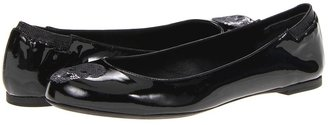 Alexander McQueen Scarpa Pelle - Soft Pantent Skull Women' Flat Shoe