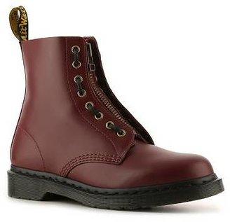Dr. Martens Jameson Boot