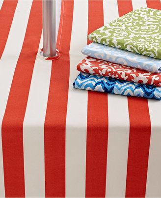 "Waverly Outdoor Table Linens, 70"" Round Umbrella Zip Tablecloth"