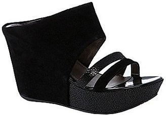Kenneth Cole Reaction Sole Sista Wedge Sandals
