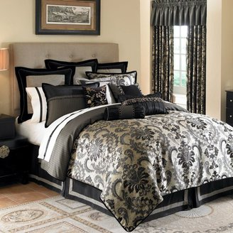 Waterford Ormonde Duvet Cover in Black and Gold