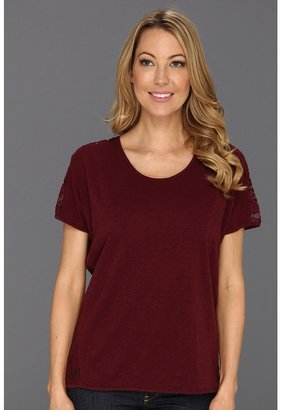 Vince Camuto TWO by Short Sleeve Lace Back Tee (Wine) - Apparel