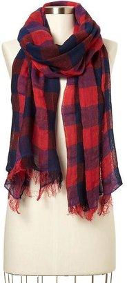 Gap Buffalo plaid open weave scarf