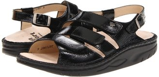 Finn Comfort Concord - 1579 (Black) - Footwear
