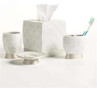 Avanti @Model.CurrentBrand.Name Linens Flutter Dots Collection Toothbrush Holder