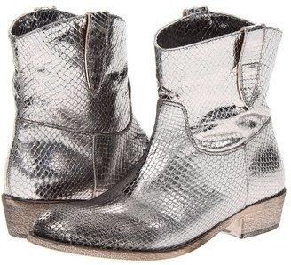 Cordani Pepper (Pewter Snake) - Footwear