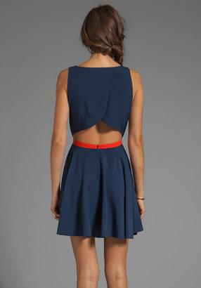 BB Dakota Royer Contrast Trim Cross Back Dress