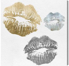 Luxury Kiss