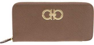 Salvatore Ferragamo 'Gamma' logo purse