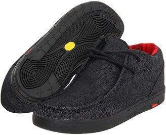 Ipath Cat (Vibram) (Black Denim/Black) - Footwear