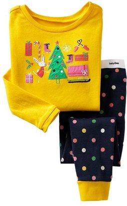 Gap Holiday gift sleep set