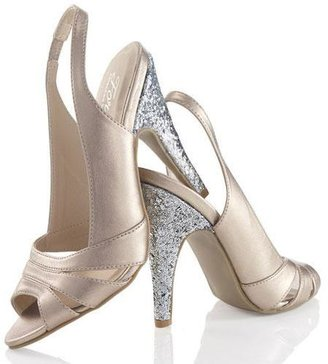 Avon FOREVER Selected by Paula Abdul Hollywood Glam Sparkle Heel