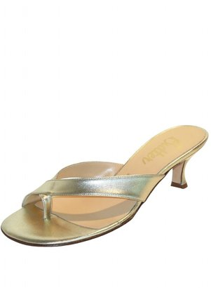 Butter Shoes Sesame in Gold