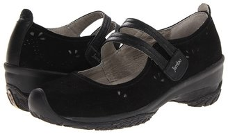 Jambu Crimson (Black) - Footwear