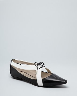 Marc Jacobs Pointed Toe Lace Up Oxford Flats - Cutout