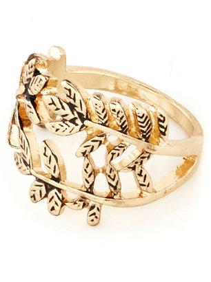 Laurèl Luster Ring