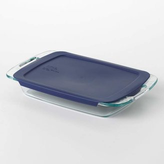 "Pyrex 13"" x 9"" Covered Baking Dish"