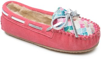 Minnetonka 'Cassie' Slipper