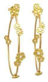 Paul Morelli Hydrangea Wrap Hoop Earrings - Yellow Gold