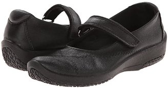 ARCOPEDICO L18 (Black) Women's Maryjane Shoes