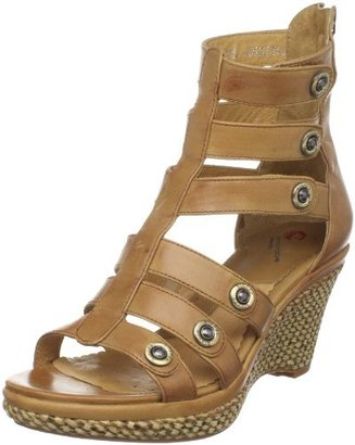 Blondo Women's Kina Wedge Sandal