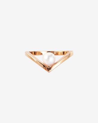 Vita Fede Pearl V Ring: Rosegold