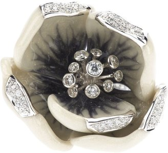 Madame 18kt white gold and diamond tulip ring