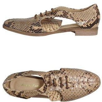 Adele Fado Lace-up shoes
