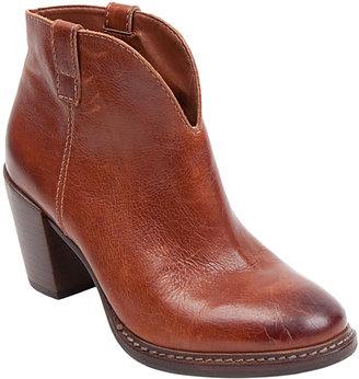Steve Madden STEVEN BY Friisky Leather Booties