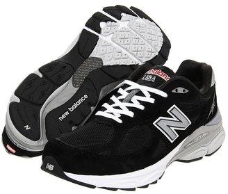 New Balance M990 (Black) - Footwear