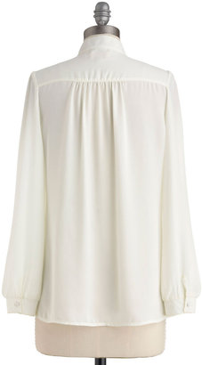 Everything is Heirloom-inated Top in Ivory