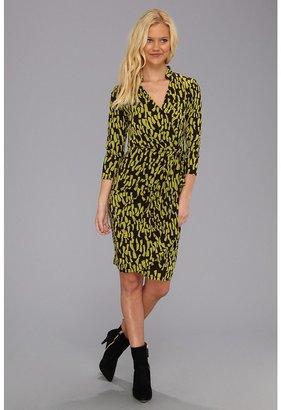 Maggy London L/S Print MJ Wrap Dress Monotone Dress (Java/Pear) - Apparel