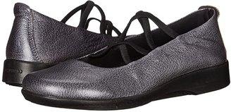 ARCOPEDICO Vegas (Black) Women's Flat Shoes