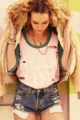 Rebel Yell NY/LA Destroyed Baseball Tee in Thistle Ivy
