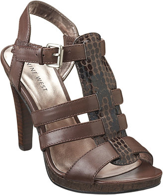 Nine West Conquest