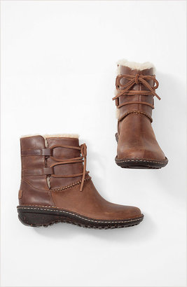 UGG short lace-up shearling boots