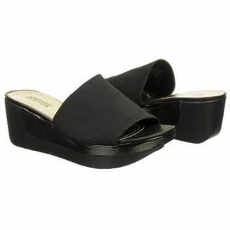 Kenneth Cole Reaction Women's Pepe Step