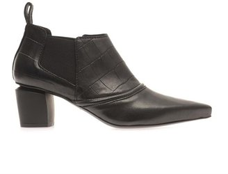 McQ by Alexander McQueen Point-toe leather ankle boots