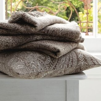 The White Company Roma Throw & Cushion